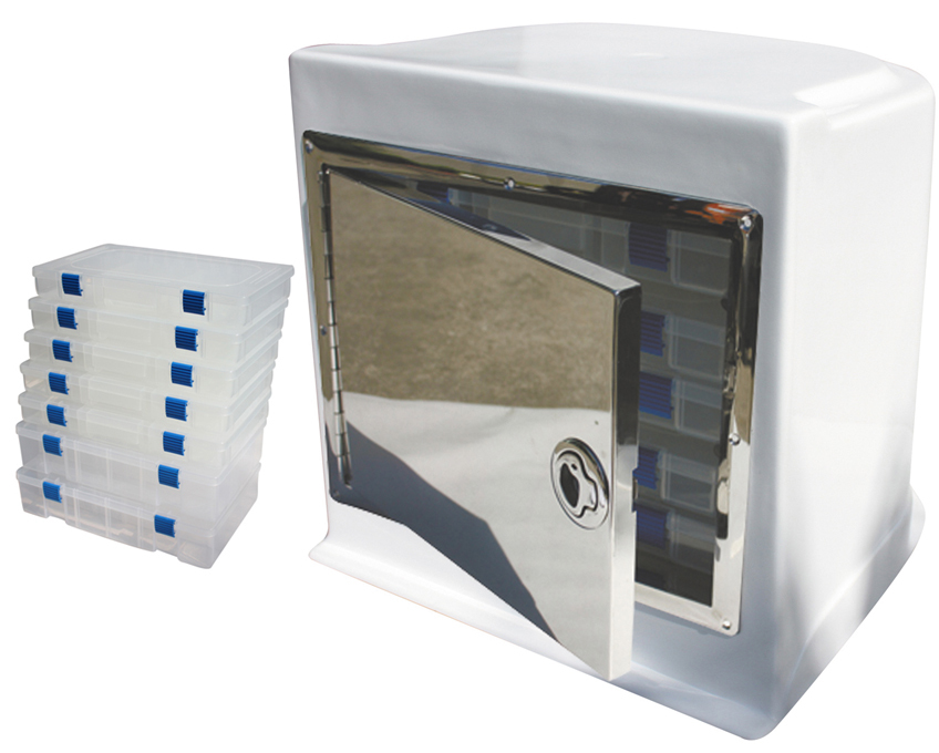 Deluxe Fibreglass Seat Box With Tackle Trays And Stainless Steel Surround